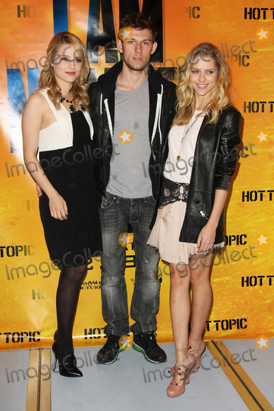 Alex Pettyfer, Dianna Agron, Teresa Palmer Photo - 12  February 2011 - Los Angeles, California - Dianna Agron, Alex Pettyfer, Teresa Palmer. Autograph signing With the Stars of  I Am Number Four  held at Hot Topic. Photo: Tommaso Boddi/AdMedia
