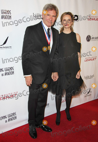 Calista Flockhart, Harrison Ford Photo - 21 January 2011 - Beverly Hills, California - Harrison Ford, Calista Flockhart. 8th Annual Living Legends of Aviation Awards held at The Beverly Hilton. Photo: Tommaso Boddi/AdMedia