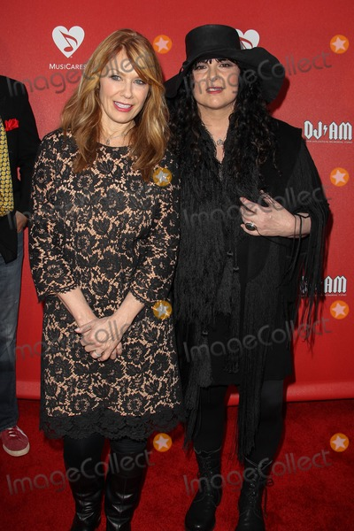 Ann Wilson, Nancy Wilson Photo - 31 May 2012 - Los Angeles,  California - Ann Wilson & Nancy Wilson. MusiCares MAP Fund Benefit held at Club Nokia. Photo Credit: Lee Sherman/Starlitepics/AdMedia