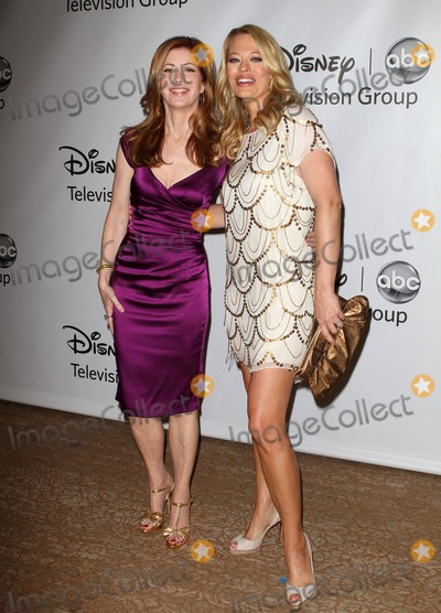 Dana Delany, Jeri Ryan, Jery Ryan Photo - 7 August 2011 - Beverly Hills, California - Jeri Ryan and Dana Delany. Disney ABC Televison Group's 'TCA 2001 Summer Press Tour' Held at the Beverly Hilton Hotel. Photo Credit: Kevan Brooks/AdMedia
