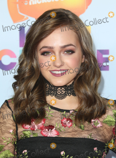 Sophie Reynolds Photo - 11 March 2017 -  Los Angeles, California - Sophie Reynolds. Nickelodeon's Kids' Choice Awards 2017 held at USC Galen Center. Photo Credit: Faye Sadou/AdMedia