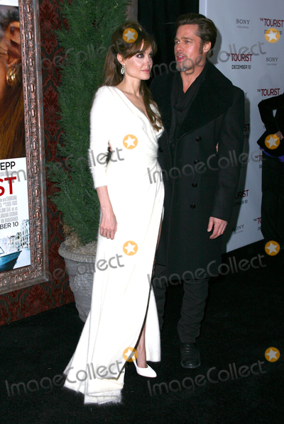 Angelina Jolie, Brad Pitt, Paul Zimmerman, ANGELINA JOLIE, Photo - 06 December 2010 - New York, NY - Angelina Jolie and Brad Pitt.  World premiere of 'The Tourist' at Ziegfeld Theatre on December 6, 2010 in New York City. Photo: Paul Zimmerman/AdMedia