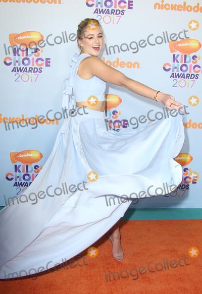 Chloe Lukasiak Photo - 11 March 2017 -  Los Angeles, California - Chloe Lukasiak. Nickelodeon's Kids' Choice Awards 2017 held at USC Galen Center. Photo Credit: Faye Sadou/AdMedia