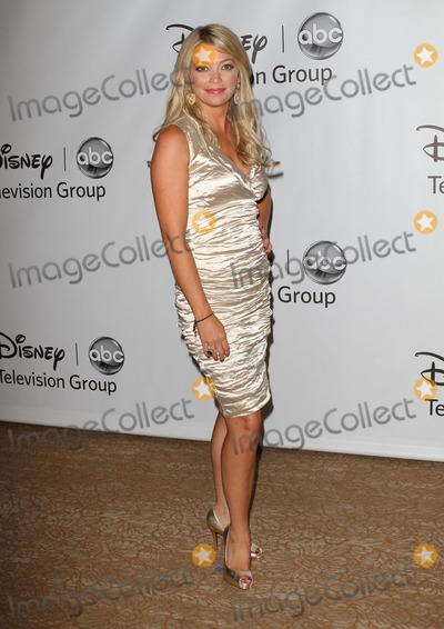 Amanda Detmer Photo - 7 August 2011 - Beverly Hills, California - Amanda Detmer. Disney ABC Televison Group's 'TCA 2001 Summer Press Tour' Held at the Beverly Hilton Hotel. Photo Credit: Kevan Brooks/AdMedia