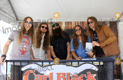 stars and fans came together at the CMA Music Festival Fan Fair