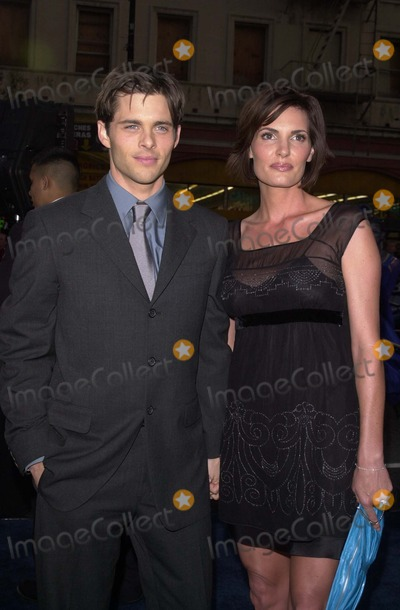 "James Marsden Photo - James Marsden and Wife Lisa at the premiere of 20th Century Fox ""X2: X-Men United"" at the Chinese Theater, Hollywood, CA 04-28-03"