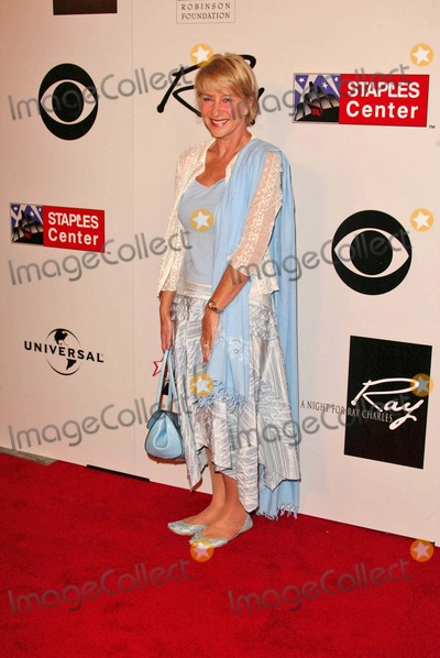 Helen Mirren, Ray Charles Photo - Helen Mirren at Genius: A Night For Ray Charles, Staples Center, Los Angeles, CA 10-08-04
