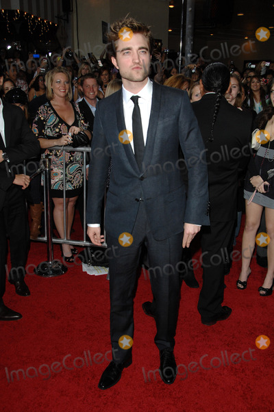 Robert Pattinson Photo - Robert Pattinson
