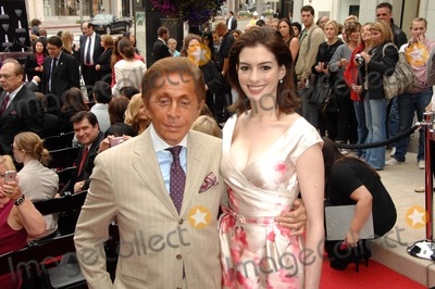 Anne Hathaway, Valentino, Valentino Garavani, Ann Hathaway Photo - Valentino Garavani and Anne Hathaway