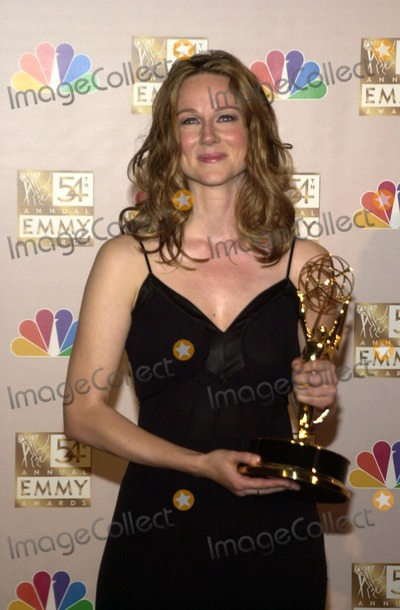 Laura Linney Photo - Laura Linney at the 54th Annual Emmy Awards Press Room, Shrine Auditorium, Los Angeles, CA 09-22-02