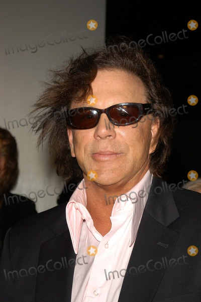 "Mickey Rourke Photo - Mickey Rourke at the Los Angeles premiere of Newmarket Film's ""Spun"" at the Cinerama Dome, Hollywood, CA 03-17-03"