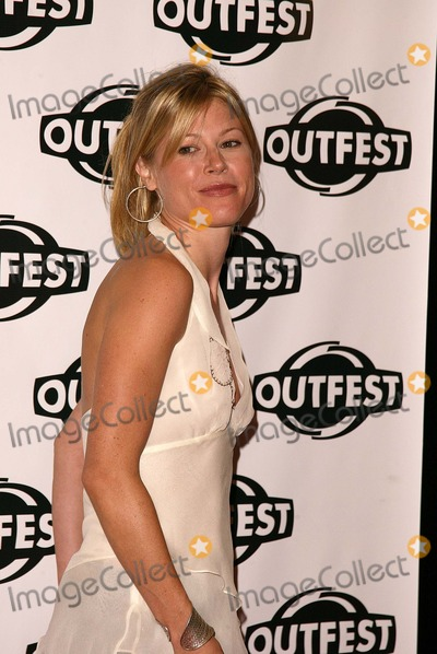 Julie Bowen Photo - Julie Bowen at the opening of Outfest 2004, with a screening of D.E.B.S., Orpheum Theater, Los Angeles, CA 07-08-04
