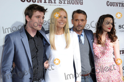 Garrett Hedlund, Gwyneth Paltrow, Leighton Meester Photo - Garrett Hedlund, Gwyneth Paltrow, Tim McGraw and Leighton Meester