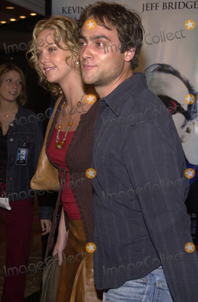 "Charlize Theron, Stuart Townsend Photo - Charlize Theron and Stuart Townsend at the premiere of Universal's ""K-PAX,"" Mann's Village Theater in Westwood, 10-22-01"