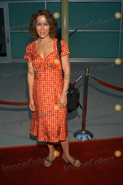 "Jennifer Grey Photo - Jennifer Grey at The Premiere of ""Northfork"", Arclight Cinemas, Hollywood, Calif., 07-10-03"
