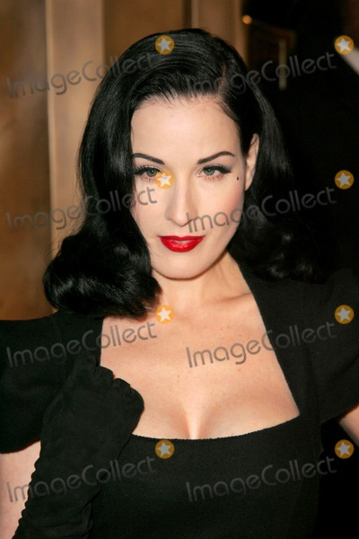 Dita Von Teese Photo - Dita Von Teese