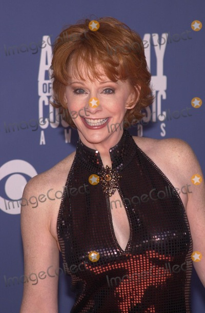 Reba McEntire Photo - Reba McEntire at the 2002 Academy of Country Music Awards, Universal Amphitheater, Universal City, 05-22-02
