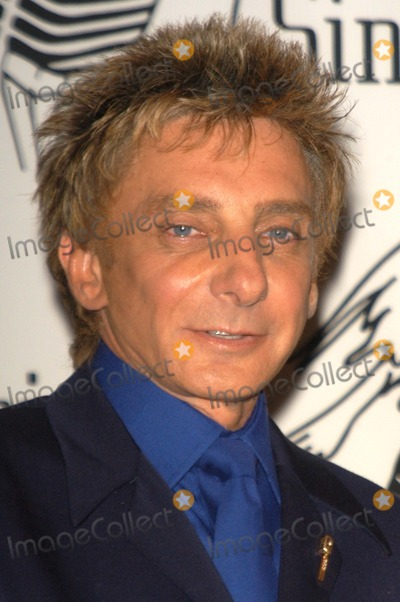 Barry Manilow Photo - Barry Manilow at the 2003 Society of Singers ELLA Awards, Beverly Hilton Hotel, Beverly Hills, CA 04-28-03