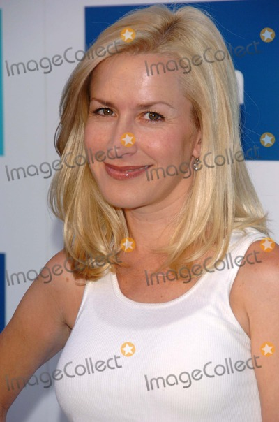 Angela Kinsey, The Faces Photo - Angela Kinsey