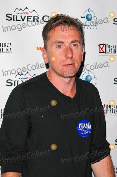 "Tim Roth Photo - Tim Roth at the Los Angeles Premiere of ""Silver City"" in the ArcLight Cinerama Dome, Hollywood, CA. 09-14-04"