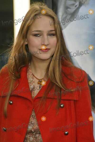 "Leelee Sobieski Photo - Leelee Sobieski at ""Lemony Snicket's A Series Of Unfortunate Events"" World Premiere, Cinerama Dome, Hollywood, CA 12-12-04"