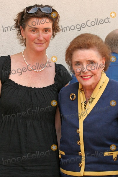 Patricia Neal, Lucy Dahl Photo - Patricia Neal and daughter Lucy Dahl