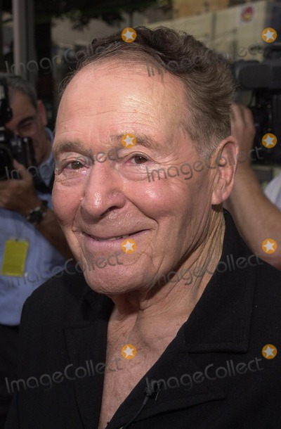 Jack LaLanne Photo - Jack Lalanne at Lalanne's Star on the Walk of Fame ceremony, Hollywood Blvd., Hollywood, CA 09-26-02