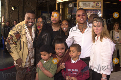 "Angell Conwell, Cuba Gooding JR, Cuba Gooding Jr., Cuba Gooding, JR Photo - Cuba Gooding Jr. with family, including wife Sara, kids, brother Omar, Father Cuba Gooding Sr. and Angell Conwell at the premiere of Disney's ""Snow Dogs"" at the El Capitan Theater, Hollywood, 01-13-02"