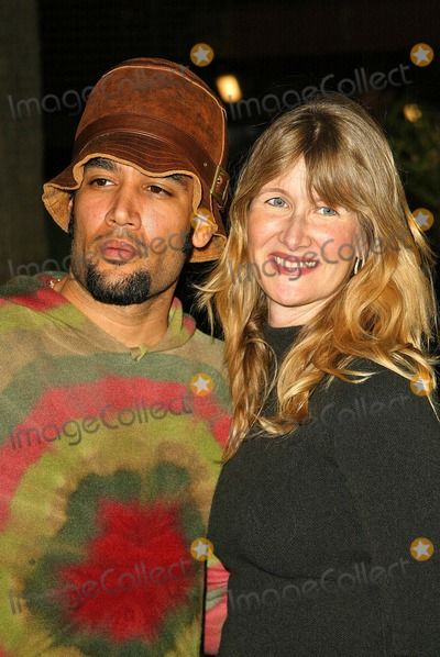 "Ben Harper, Laura Dern Photo - Ben Harper and Laura Dern at the ""Meet the Fockers"" Los Angeles Premiere, Universal Amphitheatre, Los Angeles, CA 12-16-04"