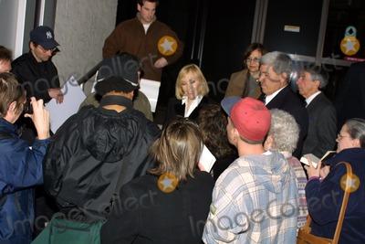 Kim Novak, Larry King Photo - Kim Novak at CNN Studios for an appearance on Larry King Live, Hollywood, CA 01-05-04