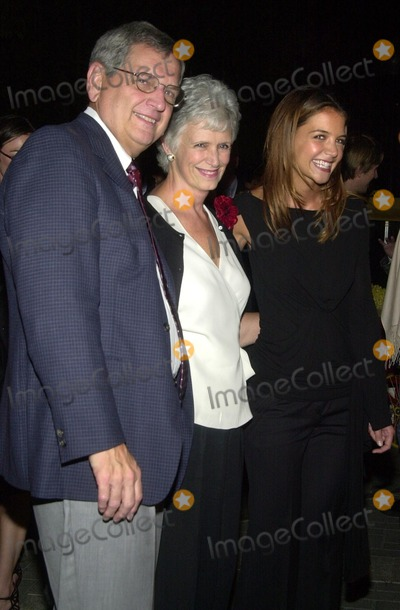 "Katie Holmes Photo - Katie Holmes and parents at the premiere of Paramount's ""Abandon"" at Paramount Studios, Hollywood, CA 10-14-02"