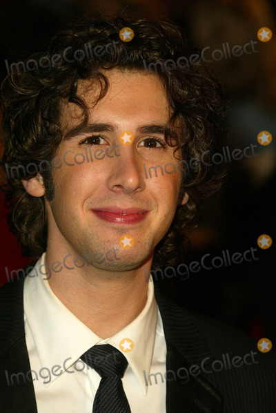 Josh Groban Photo - Josh Groban at the 2005 Vanity Fair Oscar Party, Mortons, West Hollywood, CA 02-27-05