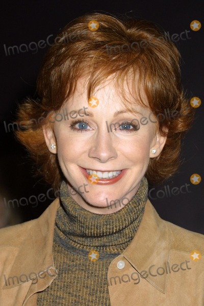"Reba McEntire Photo - Reba McEntire at the Opening Night of ""The Graduate"" at the Wilshire Theater, Beverly Hills, CA 10-08-03"