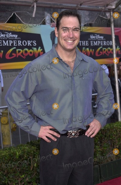 "Patrick Warburton Photo -  Patrick Warburton at the premiere of Disney's ""The Emperors New Groove"" in Hollywood, 12-10-00"