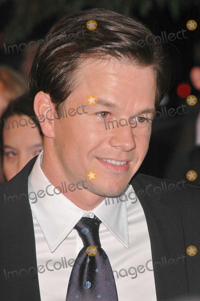 "Mark Wahlberg Photo - Mark Wahlberg at the Premiere of HBO's Series ""Entourage"" at Avalon, Hollywood, CA. 06-28-04"