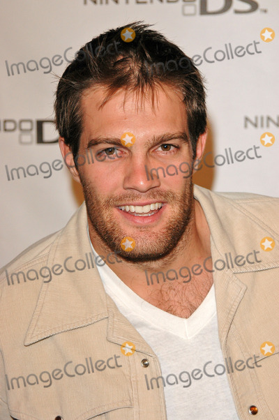 Geoff Stults Photo - Geoff Stults at the Nintendo DS Pre-Launch Party at The Day After, Hollywood, CA. 11-16-2004