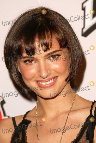 "Natalie Portman Photo - Natalie Portman at the premiere of ""Cold Mountain"" at Mann National Theater, Westwood, CA 12-07-03"