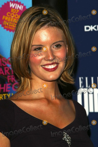 Maggie Grace Photo - Maggie Grace at the ELLEgirl Holiday Issue Celebration, Orange County Museum of Art, Newport Beach, CA 12-06-03