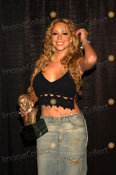 Mariah Carey, Train Photo - Mariah Carey at the 17th Annual Soul Train Music Awards, Pasadena Civic Auditorium, Pasadena, CA 03-01-03
