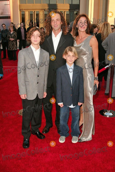 Kenny G Photo - Kenny G at the 32nd Annual American Music Awards - Arrivals, Shrine Auditorium, Los Angeles, CA 11-14-04