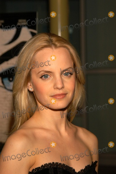 "Mena Suvari Photo - Mena Suvari at the premiere of ""Sonny"" at the Arclight Theater, Hollywood, CA 12-09-02"