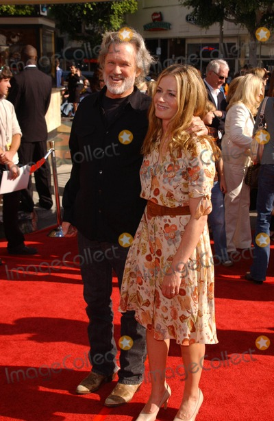 Kris Kristofferson, Elisabeth Shue Photo - Kris Kristofferson and Elisabeth Shue