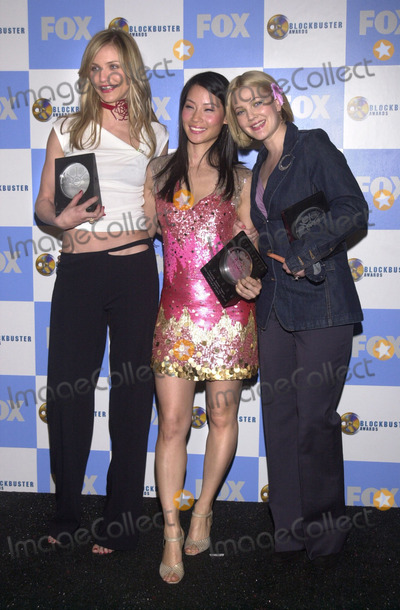 Cameron Diaz, Lucy Liu, Drew Barrymore Photo -  Cameron Diaz, Lucy Liu and Drew Barrymore at the 7th Annual Blockbuster Entertainment Awards, Shrine Auditorium, Los Angeles, 04-10-01