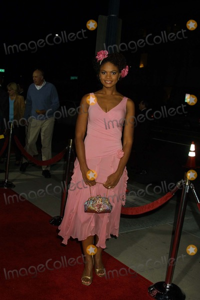 "Kimberly Elise Photo - Kimberly Elise at the world premiere of ""Woman, Thou Art Loosed"" at the Academy of Motion Picture Arts and Sciences, Beverly Hills, CA 09-27-04"