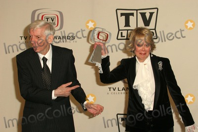 Candy Spelling Photo - Aaron and Candy Spelling at the 2005 TV Land Awards Pressroom, Barker Hanger, Santa Monica, CA 03-13-05