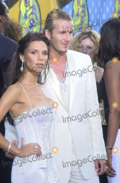 David Beckham Photo - Victoria and David Beckham at the 2003 MTV Movie Awards, Shrine Auditorium, Los Angeles, CA 05-31-03