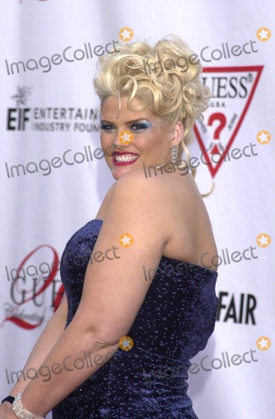 Anna Nicole Smith, The-Dream, The Dream Photo - Anna Nicole Smith at the Vanity Fair Toasts Guess? Celebration Of The Dream Denim Makers 20th Anniversary, Wilshire Ebell Theater, Los Angeles, 05-09-02