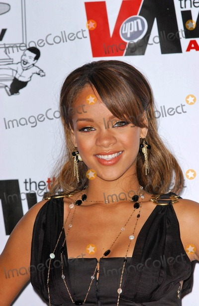 Rihanna Photo - Rihanna