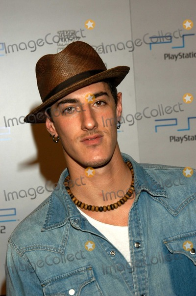 Eric Balfour Photo - Eric Balfour at PlayStation 2 Triple Double Gaming Tournament, Club Ivar, Hollywood, Calif., 10-25-03
