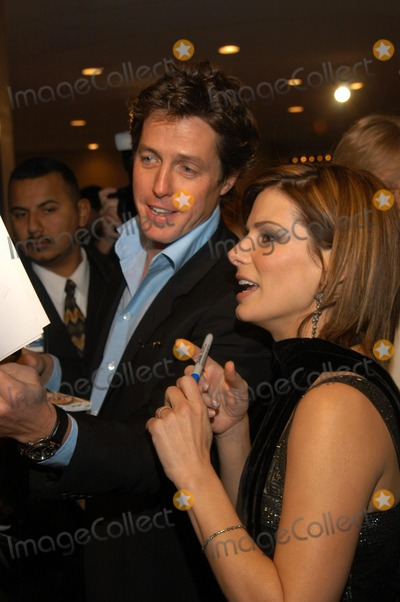 "Hugh Grant, Sandra Bullock Photo - Hugh Grant and Sandra Bullock at the premiere of Warner Bros. ""Two Weeks Notice"" at the Mann Bruin Theater, Westwood, CA 12-18-02"